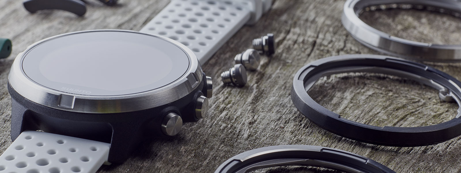 CREATE A UNIQUE WATCH FOR YOUR ADVENTURES!