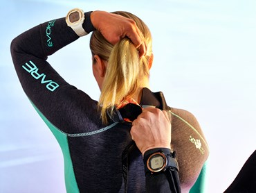Suunto launches new elegant design variants of Suunto D4i Novo dive computer