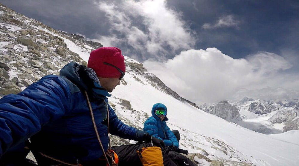 Kilian and Emelie on their Cho Oyu expedition